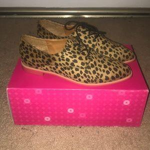 Leopard Print Lace Up Shoes